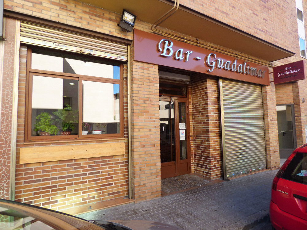 Bar en venta en Pinto