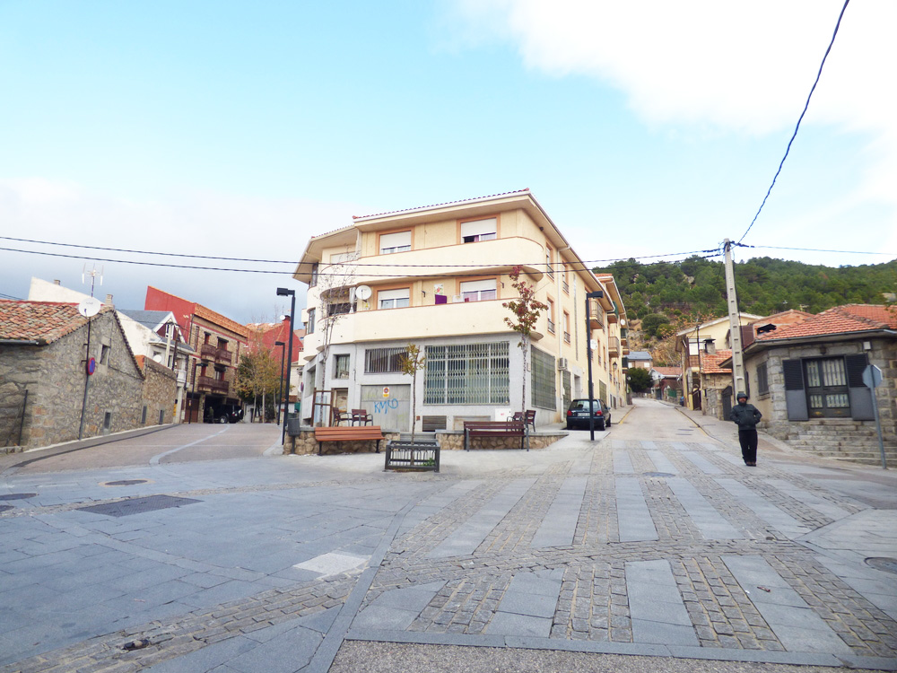 Local comercial en Collado Mediano