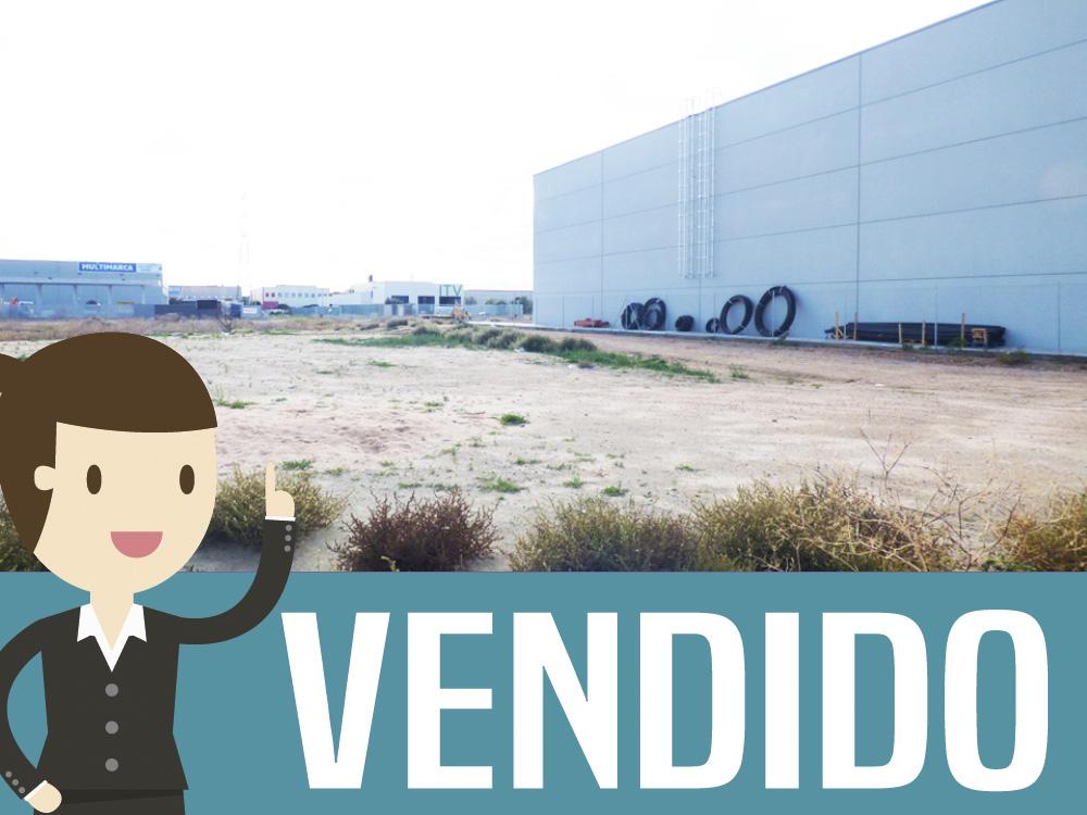 Parcela en zona industrial El Esparragal